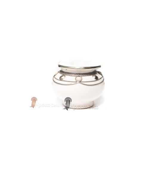 Cendrier marocain , cendrier fait main incrusté et cerclé de métal poli et torsadé